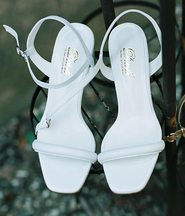 Ann cushion strap Sandle- white