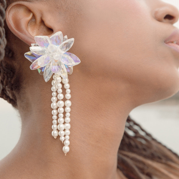Queen Crystal Flower Pearl Drop earrings.