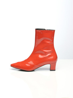 Soft Patent Boots Orange