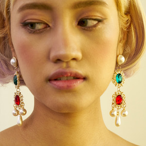 Vonditole elizabeth beautiful drop earrings