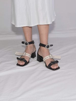 Black Michelle three jewelry strap Sandle
