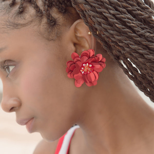 Red flower sequn earrings