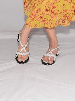 poppy tong sandals White